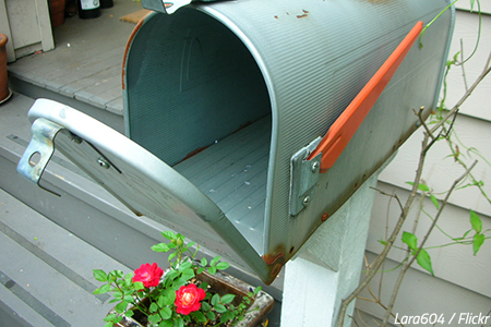 how to change your address when moving change of address checklist