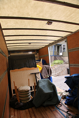 How Much To Tip Movers Tipping Guide. Do You Tip The Movers Furniture Or  Appliance Delivery People ...