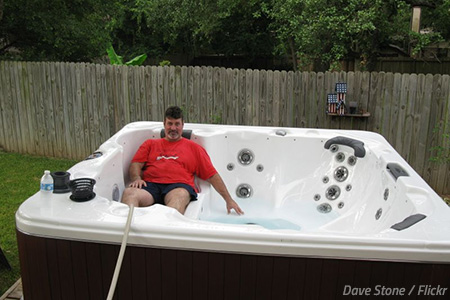 How to move a jacuzzi hot tub